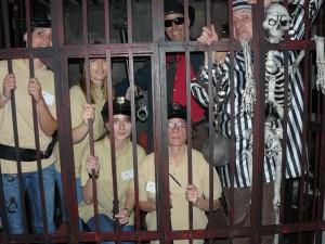 Misterio y diversión en el cluedo de la carcel
