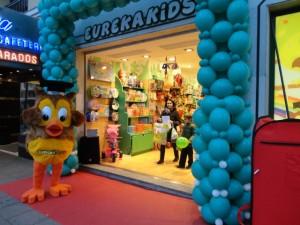 Muñecos y decoración de globos